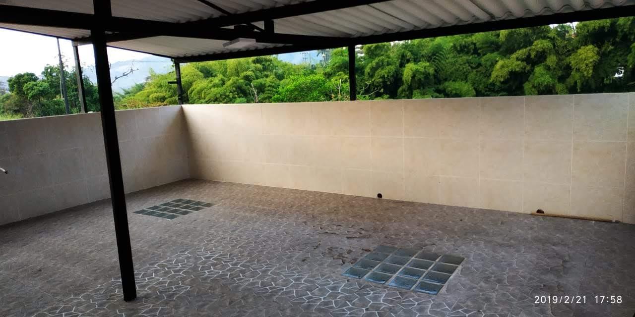 CV-0542 Se vende casa en Chinchiná, en sector residencial.