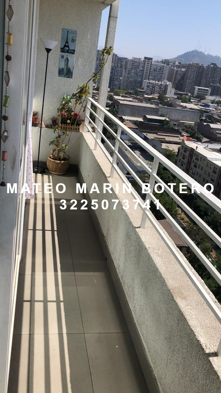 AVOC-0060 Se vende apartamento en Santiago de Chile, en la Avenida Santa Rosa.