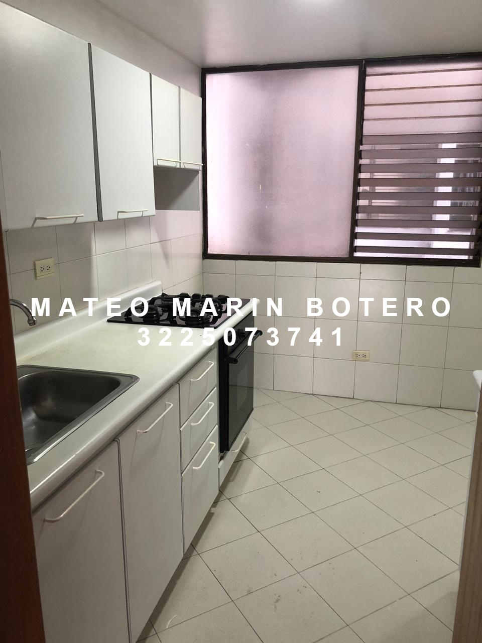 AVOC-0063 Se vende apartamento, unido a un apartaestudio.