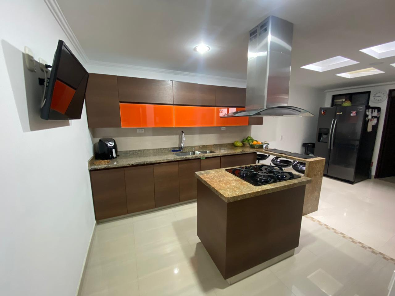 CV-0560 Se vende casa en Chinchiná, en sector residencial, muy bien ubicada.