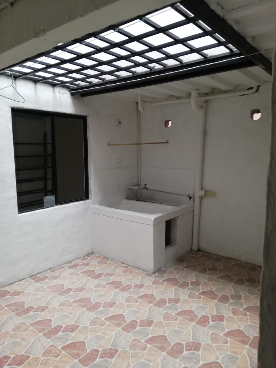 CV-0573 Se vende casa en Chinchiná, en excelente ubicación.