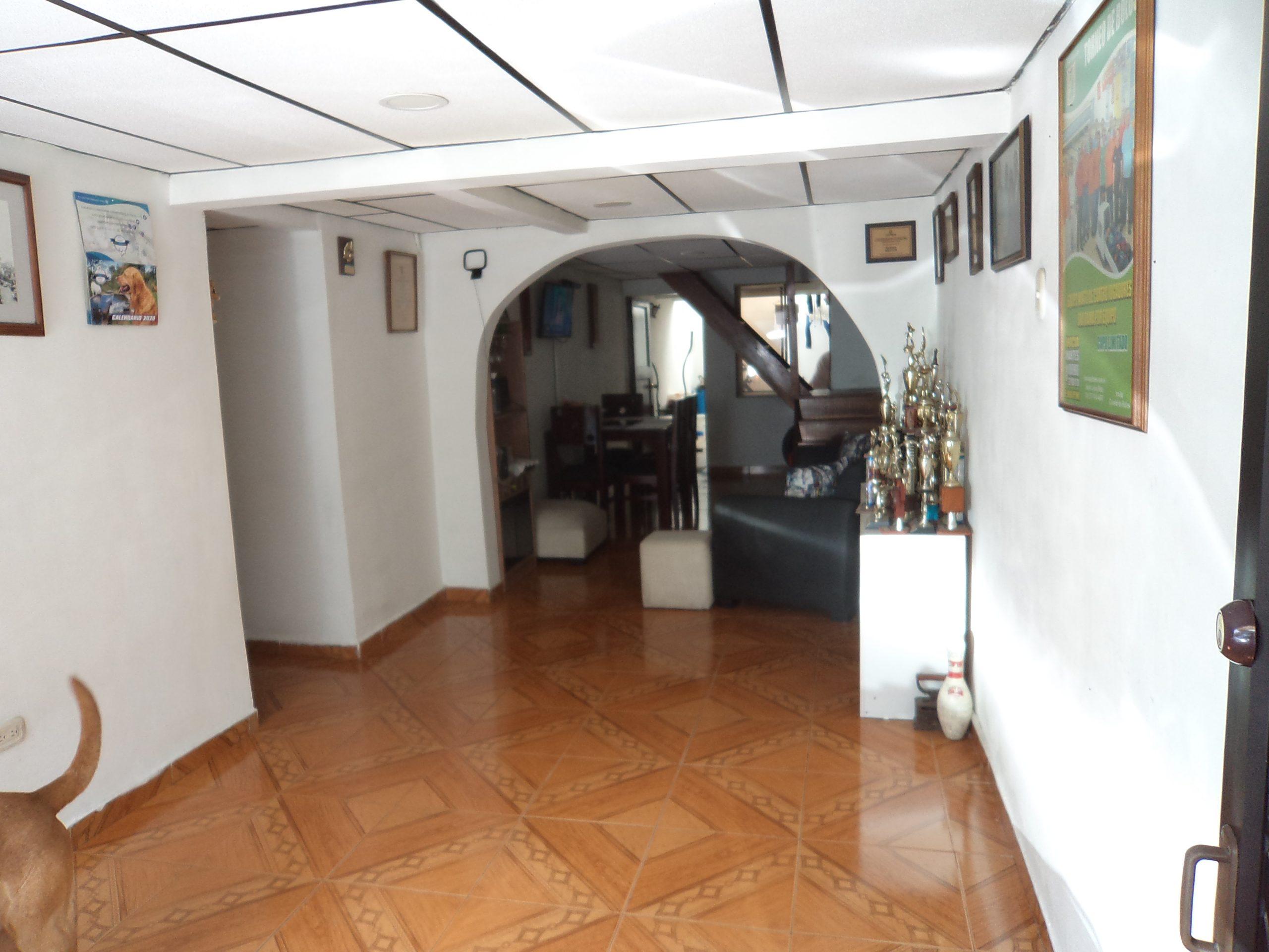 CVOC-0133 Se vende casa en Manizales, en el barrio La Enea.