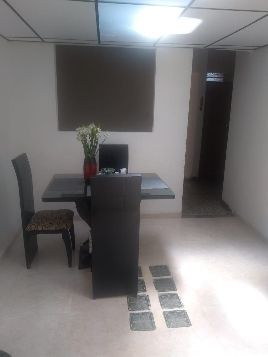 CVOC-0137 Se vende casa bifamiliar en Pereira.